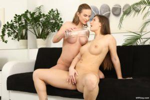 lesbian big tits pissing porn